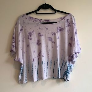 URBAN OUTFITTERS - ECOTÉ CROPTOP